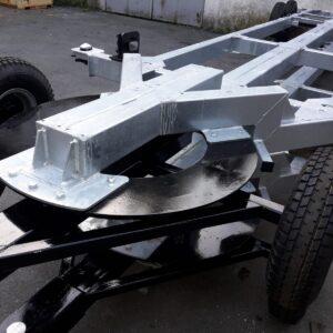 Sella porta gommone con carrello per movimentazione
